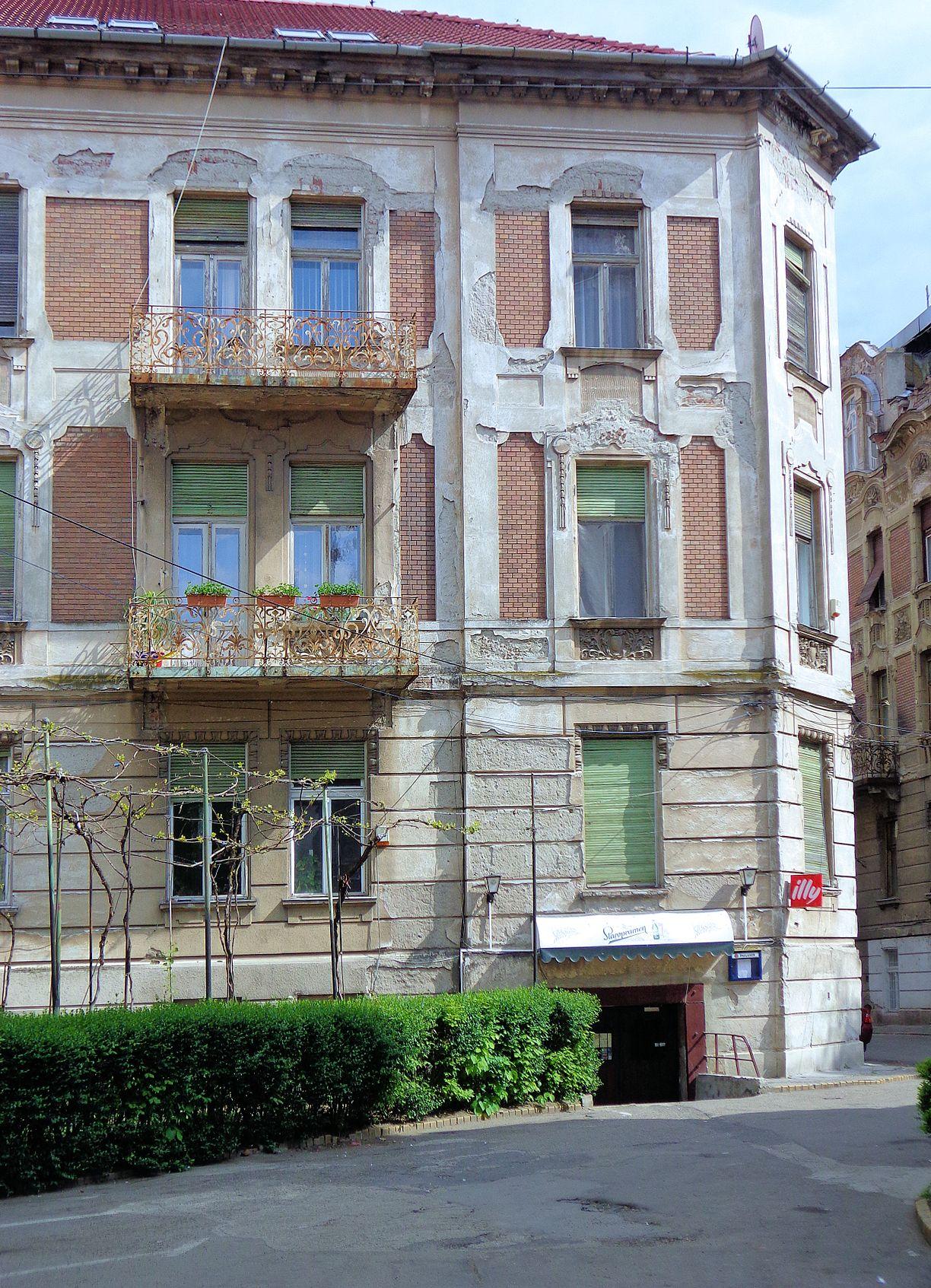 zijstraat-arad-oude-woningen